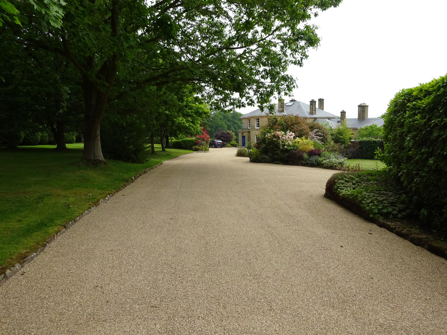 Penfold Driveways Specialists In Hot Tar Amp Coloured